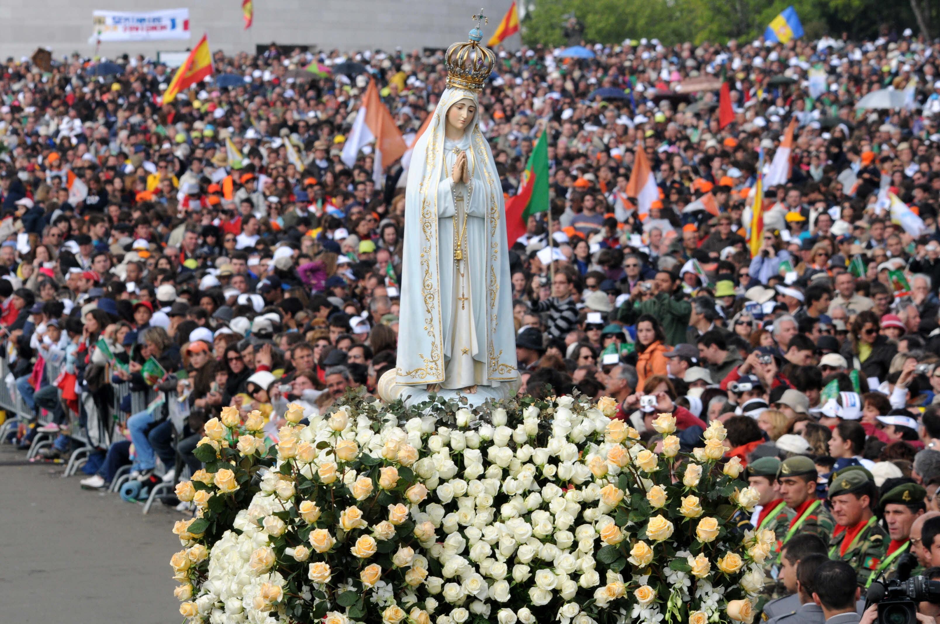 Descobre o programa da visita do Papa a Fátima